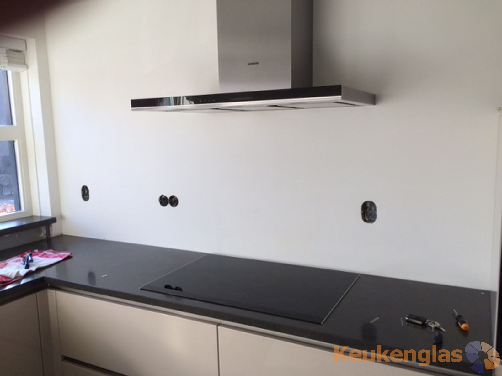 Keukenwand Delfgauw voor plaatsing achterwand glas