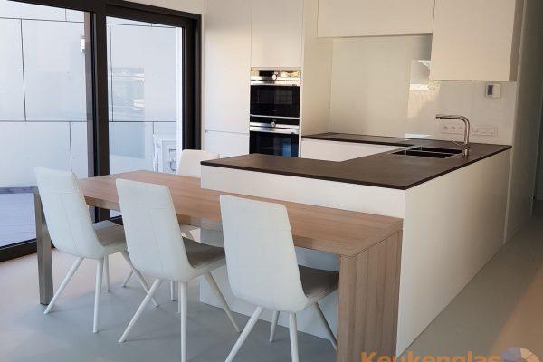 Witte keukenwand Antwerpen
